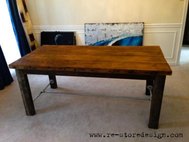 ReclaimedWoodFarmTable1