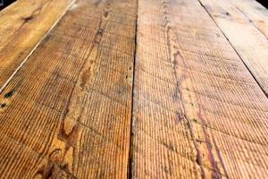 Reclaimed wood farm table washington dc row home 3